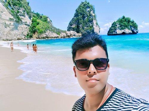 Meet Pranav Das: This Indian Travel Blogger is Winning at Life