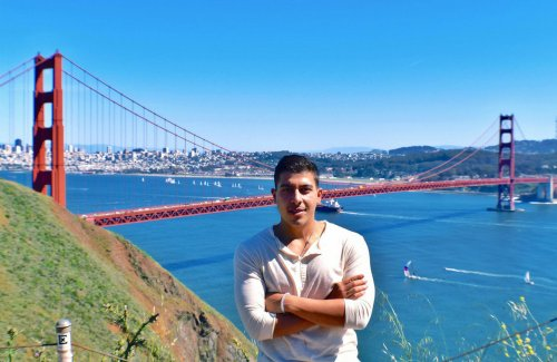How This Nomadic Entrepreneur Got Paid to Travel the World