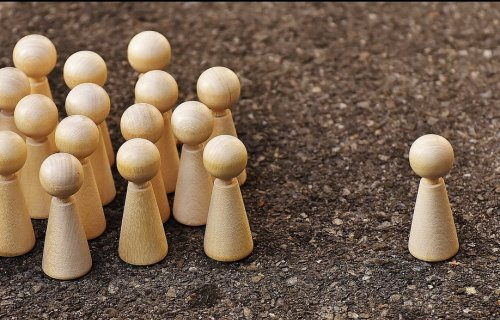 Five Powerful Habits to Win Friends and Influence People