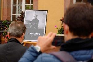Hommage à Samuel Paty dans les écoles de France