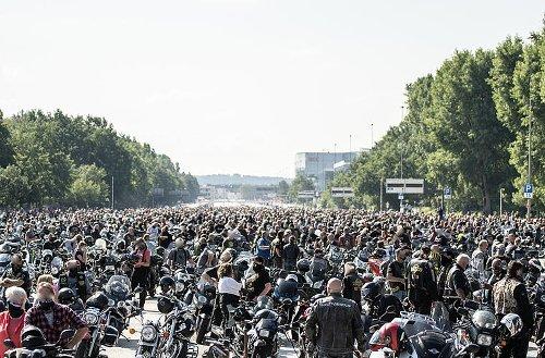 Biker-Demo in Nürnberg überraschend abgesagt und verschoben: Polizei mit dringendem Appell