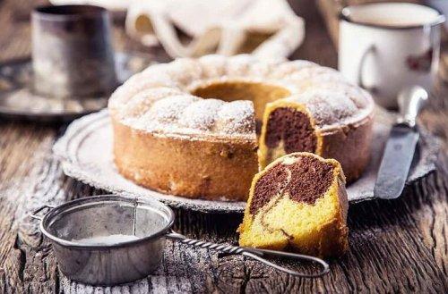Rezept für extra-saftigen Marmorkuchen: Die Geheimzutat hat jeder parat