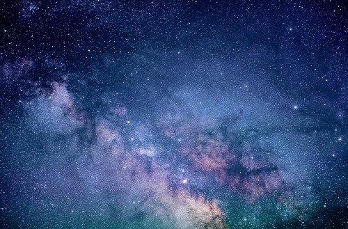 """Schwarzes Loch """"Unicorn"""" in Erdnähe entdeckt: """"Einhorn"""" mit der dreifachen Masse der Sonne"""