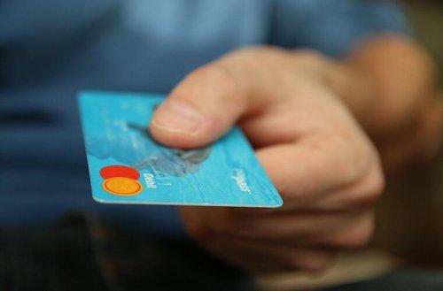 Neuerung für Millionen Bank-Kunden: EC-Karte verliert wichtige Funktion