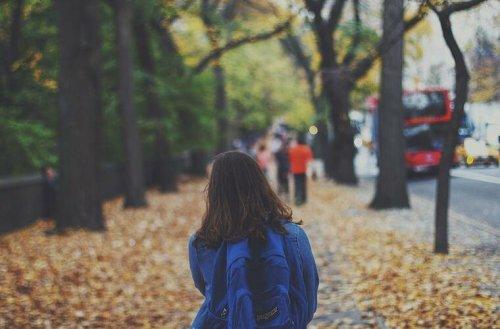 Würzburg: Unbekannter spricht 7-jähriges Mädchen an - Mutter alarmiert die Polizei