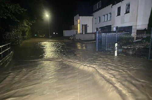 Extreme Unwetter in der Nacht in Bayreuth und Kulmbach: Wassermassen sorgten für Feuerwehreinsätze