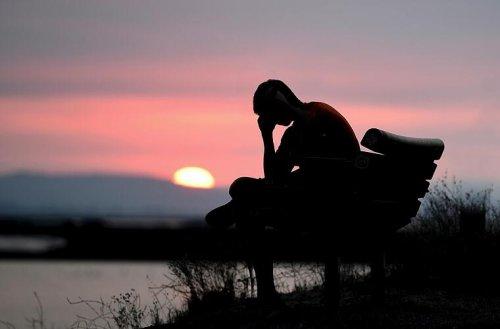 Depressionen überwinden: Ein Vitamin hilft beim Kampf gegen das Trauern