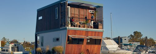 Floating container home in NYC rises and falls with changing sea levels
