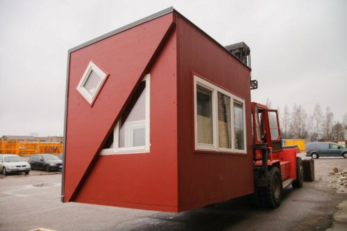 Foldable prefab cabin offers endless possibilities