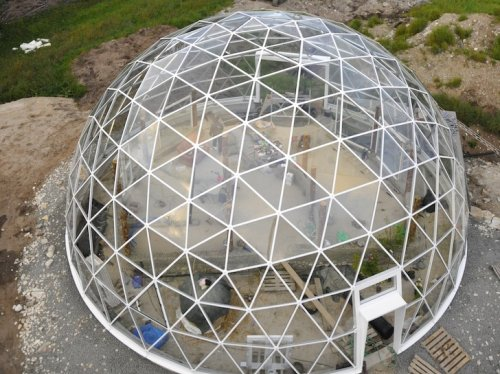 Solar Geodesic Dome-Covered Cob House Rises in the Far Reaches of Norway