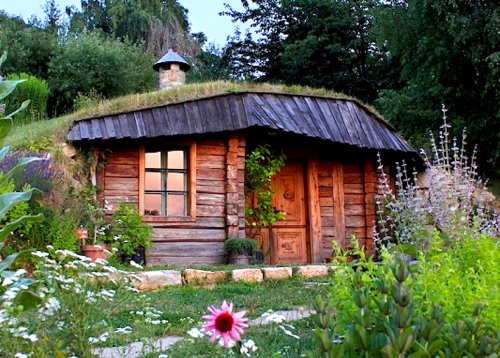 10 hobbit homes that will have you ready to move to The Shire