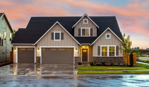 Signs that you need to renovate your slate roof