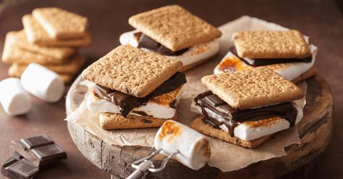 25 Classic Camping Desserts