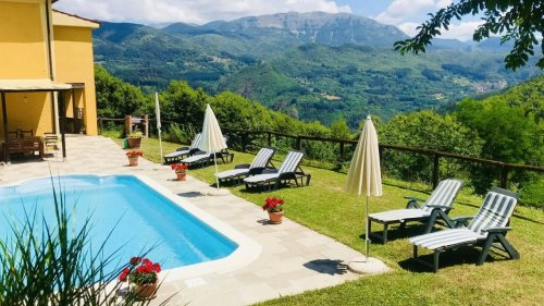 A Stunning $470,000 Villa in Italy Can Be Yours for Just $35