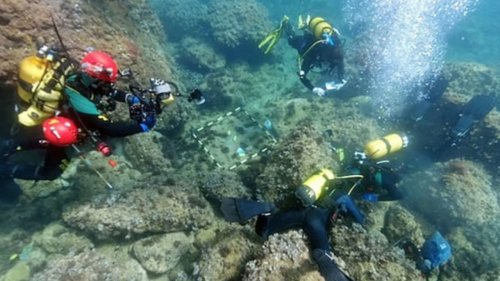 Divers Find Hoard of Roman Coins in Great Condition off Spanish Coast