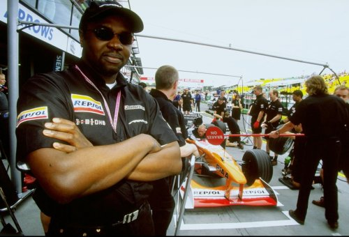 That Time an F1 Team Fell for the False Promises of a Nigerian Prince