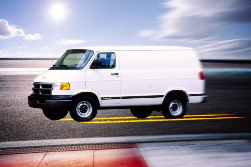 How Japanese Racing Culture and American Cargo Vans Created a Motorsport Like No Other