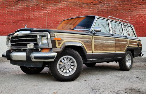 What I Wish I Knew Before I Bought a Classic Jeep Grand Wagoneer