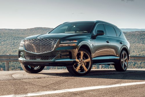 First Drive: The First Genesis SUV Is a Warning Shot to Other Luxury Haulers