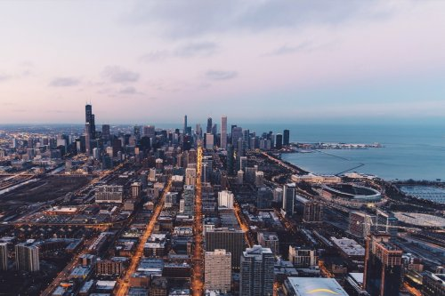 """""""I've Never Seen It So Frenetic"""": A Chicago Luxury Realtor Predicts It All"""