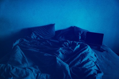 Boys, You Need to Burn Your Navy Blue Bed Sheets