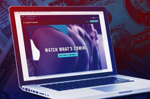 How You Should Be Watching Porn, According to Performers