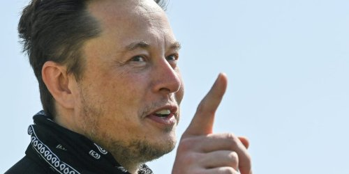Elon Musk 'didn't even tell his team' he was moving Tesla's HQ from the Bay Area to Texas, a top California official reportedly said