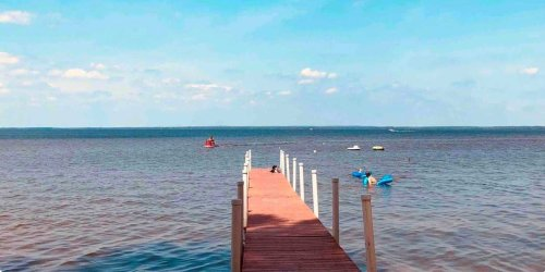 10 of the best Airbnbs in Michigan from cities like Detroit and Traverse City to charming towns dotting the coastline of Lake Michigan
