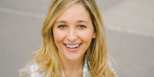 An entrepreneur shares the exact template she used to craft an attention-grabbing professional bio