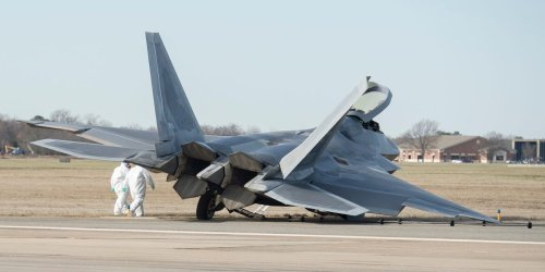 How Air Force maintainers got an F-22 flying again a year after it collapsed on the runway