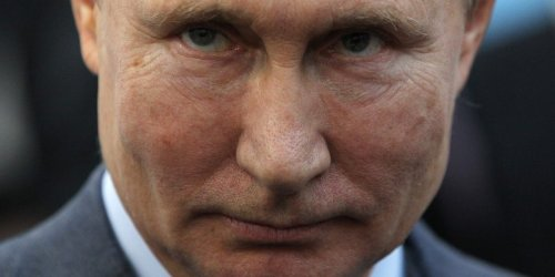 Experts say Russia gives hackers a 'tacit blessing' to attack foreign nations — as long as they don't target Russia or its allies