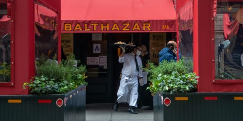 A famous NYC restaurant owner said he let waiters have a glass of wine before their shift, and found tips went up 5%