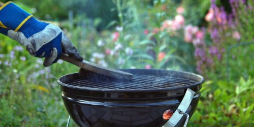 How to clean a grill and remove stuck-on gunk