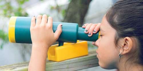 10 outdoor toys to keep kids entertained this summer