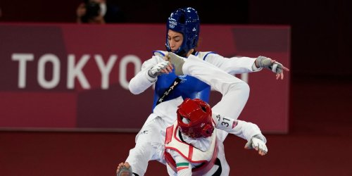 A refugee who fled sexual oppression in Iran defeated her Iranian opponent in taekwondo at the Tokyo Olympics