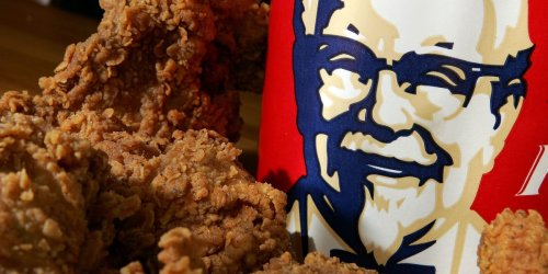 Two New Zealand 'gang associates' were arrested after trying to smuggle a car full of KFC chicken, french fries, and 10 tubs of coleslaw during lockdown