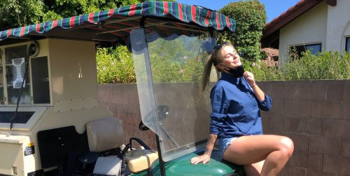 'It's unreal money': 2 women who work as beverage-cart drivers on golf courses reveal what their jobs are like, from $900 tips to dealing with creepy men and unwanted advances
