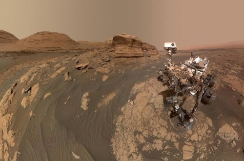 New photos from Mars: NASA's Ingenuity helicopter stretches its legs, while the Curiosity rover stars in a selfie