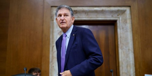 Manchin accepted over $400,000 from energy companies and GOP donors in the third quarter