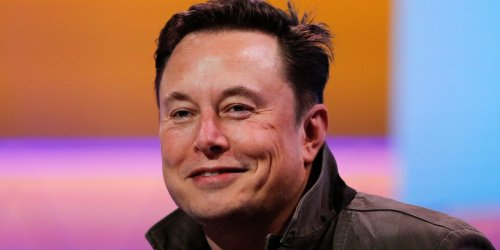 Elon Musk reveals he has Asperger's in his 'Saturday Night Live' monologue