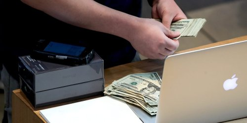 The Apple gift card heist: How scammers stole an alleged $1.5 million using Apple employees' own devices