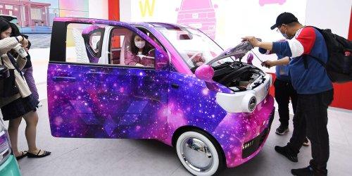 GM showed off new, colorful versions of its tiny sub-$6,000 electric cars that outsell Teslas in China. Take a look.