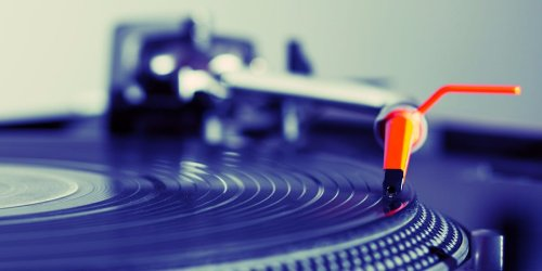 Vinyl sales generate more revenue than free Spotify, Youtube, and VEVO combined