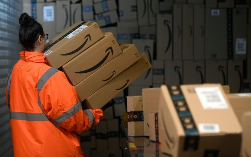 Amazon reportedly posted anti-union messages in bathroom stalls in the run-up to Alabama's unionization vote