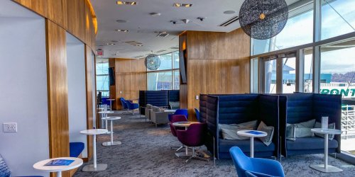 I visited the newly renovated AmEx Centurion Lounge at Las Vegas airport and it was the best way to spend a layover in Sin City
