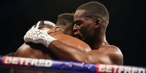 Joshua Buatsi destroyed Daniel dos Santos in 4 rounds before consoling him when he cried in the ring