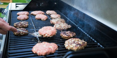 Chefs share 5 of the best and 4 of the worst things to do when grilling