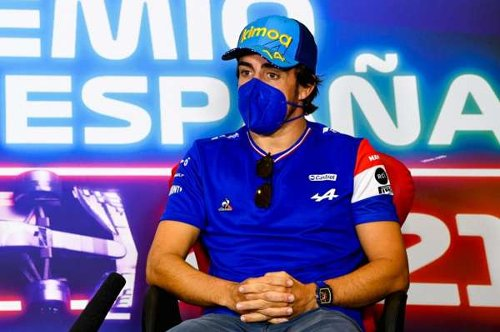 Sainz amazed by early critics as Alonso says: 'At the end of 2021, we talk'