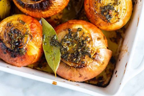 Buttery Whole Roasted Onions