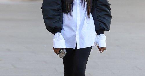 Modetrend: So hip kombiniert Naomi Campbell ihr weißes Hemd